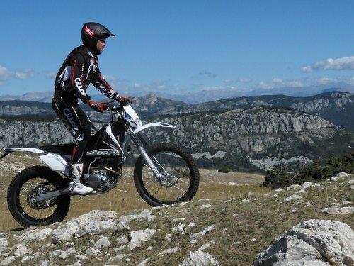 bequille moto trial