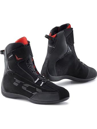 chaussures moto waterproof