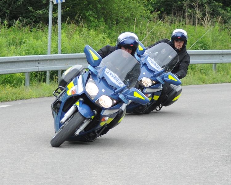 pneus moto gendarmerie